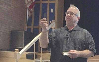 Speaker Steers Students Away From Drugs